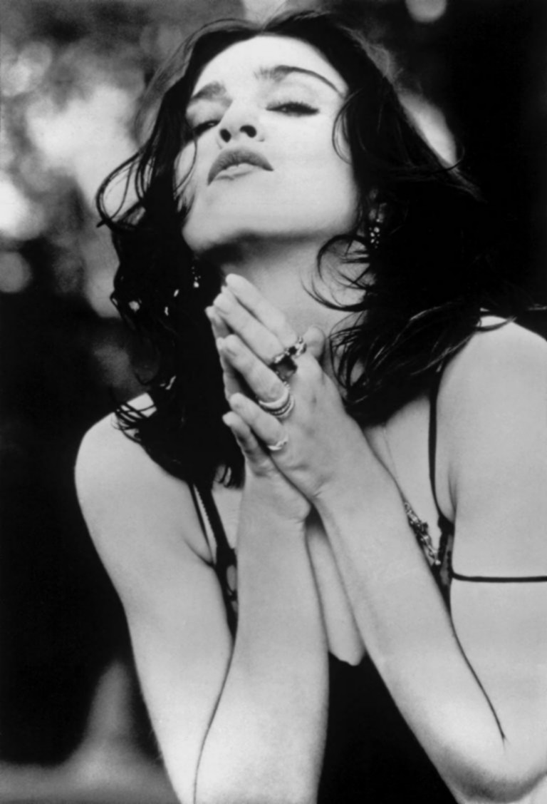 salidas world like a prayer photoshoot by herb ritts 1989