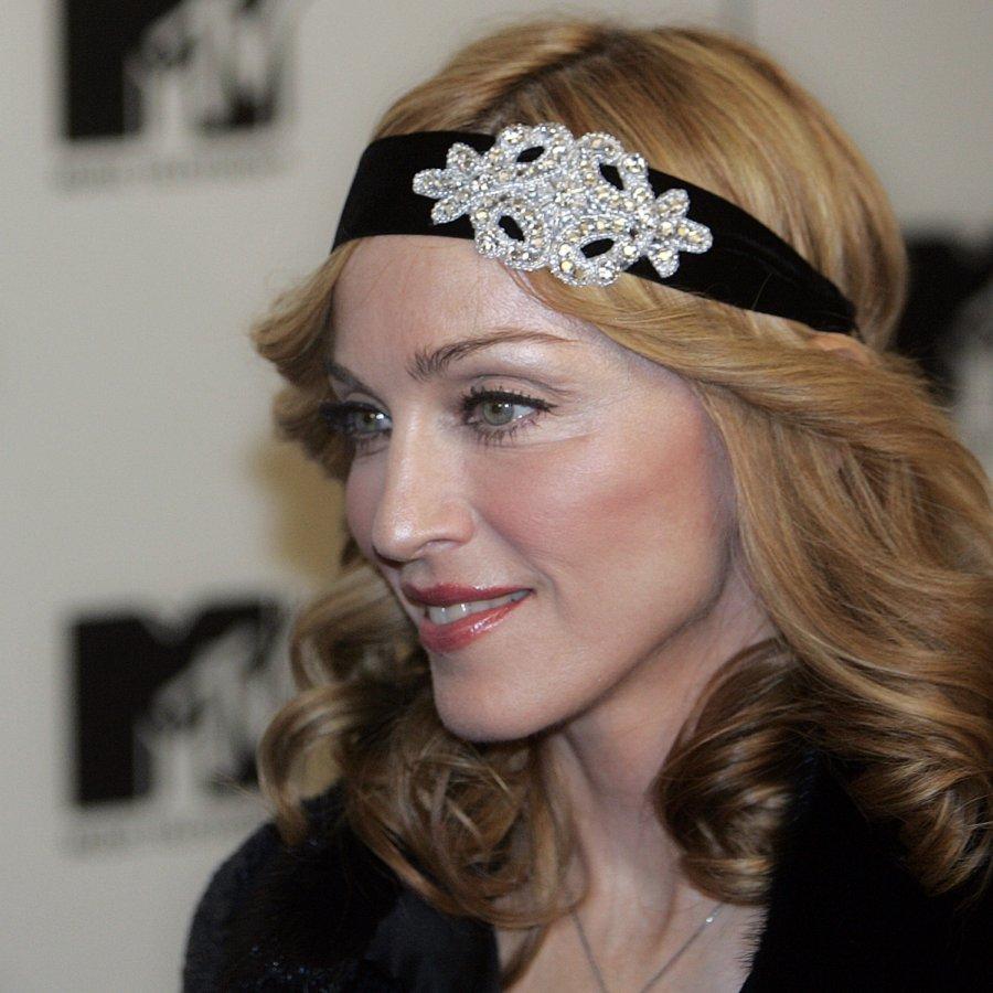 Madonna 2005 madonna pop singers female artists