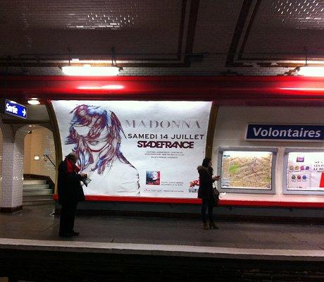 Metro dating adverts
